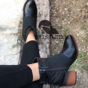 ♥️IT'S HERE!!♥️Western Vegan Leather Booties